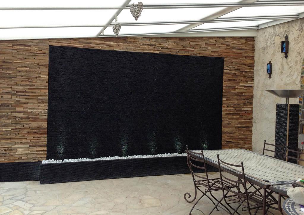 Mur d 39 eau zen noir histoire d 39 eau - Mur terras ...